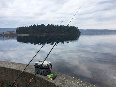🎣 😀投げ釣りで能登島カレイ釣り2日間で2枚しかいや2枚も釣れた(´~`ヾ)