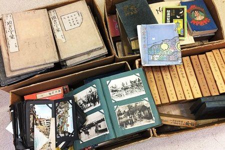 稲沢市に仏教書・満州朝鮮戦前絵葉書買取でお伺いしました